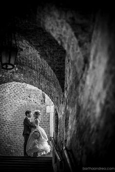 Szilvi&Merijn - Esküvő a Halászbástya Étteremben - Szilvi és Merijn esküvője a Halászbástya Étteremben azok közé az ünnepnapok közé tartozott, amelynek valóban a Budapesti panoráma adhatta a legmegfelelőbb hátteret. Budapest, Wedding Photos, Darth Vader, Fictional Characters, Ideas, Marriage Pictures, Wedding Photography, Fantasy Characters, Wedding Pictures
