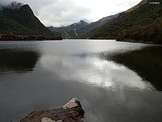 Laguna de Papallacta, Reserva Ecológica Cayambe Coca, Ecuador
