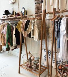 Baby boutique, fashion shop interior, diy wardrobe, wardrobe rack, closet h Baby Clothes Storage, Storing Baby Clothes, Baby Clothes Shops, Diy Clothes, Baby Room Closet, Boutique Decor, Baby Boutique, Clothing Boutique Interior, Boutique Fashion