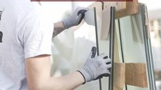 Wie legt man das Glas richtig auf die Überdachung auf und wie befestigt man es? Damit ihr für die Montage eurer Terrassenüberdachung richtig vorbereitet seid, zeigen euch unsere steda-Experten wie es geht. So muss das!
