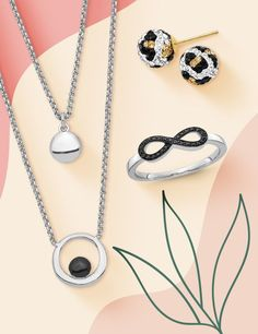 The day-to-night color combination of black and white jewelry styles is beautifully balanced and super chic. Stock up today. #QualityGold #ContemporaryJewelry #BlackandWhiteJewelry #RetroChic #Style #ContemporaryStyle #WomensFashion Retro Chic, Jewelry Trends, Contemporary Style, Color Combinations, Washer Necklace, Fashion Jewelry, Jewels, Black And White, Night