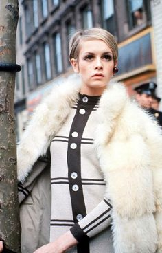 Retro Styles The most stylish fashion icons of the from Jean Shrimpton to Twiggy. - The most stylish fashion icons of the from Jean Shrimpton to Twiggy. Sixties Fashion, Mod Fashion, Fashion Models, Vintage Fashion, Fashion Outfits, Fashion Tips, Fashion Trends, Style Fashion, Sporty Fashion