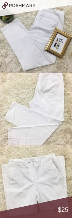 J.Jill White Ankle Stretch Pants - NWOT If you're looking for class and comfort, these J.Jill pants are exactly what you need. These pants would pair beautifully with your favorite top and the ankle length leaves you room to show off your favorite sandals 👡   Dry clean!  Bundle for a discount 💋  Fast same/next day shipping on all orders 🎀 J. Jill Pants Ankle & Cropped