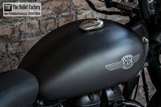 Bullet Factory Royal Enfield Custom Paint Job – We gave the bike a 30 spoke alloy wheel, painted the body, engine and sliencer a combination of darkest grey and black, …