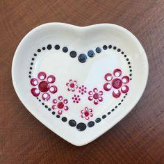 Dot Art Painting, Mandala Painting, Plate Art, Design Case, Painted Rocks, Zentangle, Polka Dots, Doodles, Clay