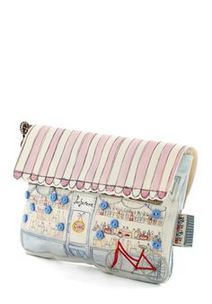 Magnifique Boutique Makeup Bag by Disaster Designs - One of the cutest make-up bags that I have ever seen