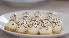 Petit crème bitterkoekjes maken moeilijk? Jurylid Robert legt uit hoe het moet - Heel Holland bakt !