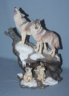 Danbury Mint - Nick Bibby Wolf Figurine 'Wilderness Call' - Figurines Animal Statues, Animal Totems, Beautiful Wolves, Animals Beautiful, Wolf Totem, Baby Wolves, Wolf Stuff, Bear Decor, She Wolf