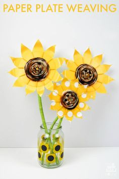 Make these stunning sunflowers from paper plates and yarn. Paper plate weaving is a simple kids craft and looks amazing. Making paper plate flowers is a great weaving craft for kids
