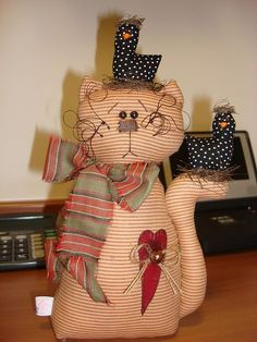 Stuffed Primitive Kitty & Birdies pattern, part Gato Keka Cat Crafts, Crafts To Make, Sewing Crafts, Sewing Projects, Crafts For Kids, Softies, Cat Template, Instalation Art, Cat Cross Stitches