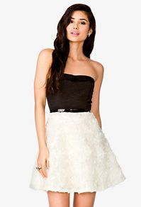 Rosette Tube Dress w/ Belt like the texture. Cute Skirt Outfits, Cute Skirts, Pretty Outfits, Tube Dress, Dress Up, Forever21, Dresses For Tweens, Forever 21 Dresses, Types Of Fashion Styles