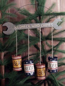 Small Wrench & Beer Can Redneck Windchimes Upcycled Crafts, Easy Diy Crafts, Fun Diy, Redneck Crafts, Diy Wind Chimes, Party Lights, Dose, Homemade Gifts, Wood Crafts