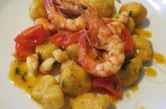 Gnocchi di zucca e patate, curry e gamberi