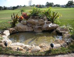 Wallpaper de estanque con fuente en jardin es un wallpaper en alta calidad disponible para descargar gratis.