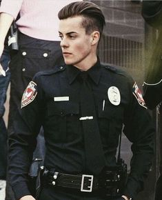 Arrest me officer, I've been a bad girl😍😍😍 Beautiful Boys, Gorgeous Men, Pretty Boys, Beautiful People, Noora Skam, Bad Boy Aesthetic, Men In Uniform, Hot Boys, Handsome Boys