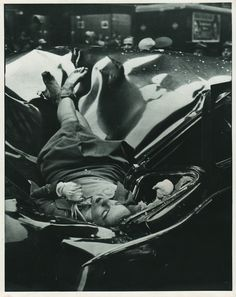 """© Robert Wiles, May 1, 1947, The most beautiful suicide - On May 1, 1947, Evelyn Francis McHale leapt to her death from the observation deck of the Empire State Building (""""Warhol Suicide""""). Photographer Robert Wiles took a photo of McHale a few minutes after her death. (read more on my blog)"""