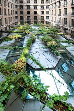 Le jardin suspendu d'Axa pour les Victoires du Paysage immeuble