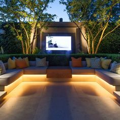 When looking at options for lighting up your garden or outdoors, keep in mind the ease of installation when using LED strip lighting. Backyard Seating, Backyard Patio Designs, Backyard Landscaping, Modern Backyard, Backyard Ideas, Villa Design, Banco Exterior, Exterior Design, Design Jardin