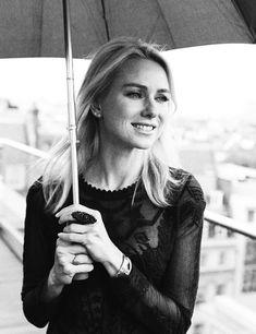 Naomi Watts.  beautiful.  i love that we are the same age.  :)