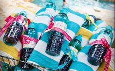 Pool Party- going the extra mile always looks fabulous and thoughtful!