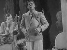 "Rudy Vallee ""I'm Just a Vagabond Lover"" (1929)"