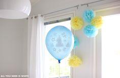 Upeat ilmapallot 1v synttäreille.  Beautiful 1st birthday balloons.  http://www.juhlahumua.fi/tuotteet/1v-synttarit/1v-ilmapallot-vaaleansininen/
