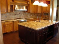 compromise with light and dark cabinets with still light countertop