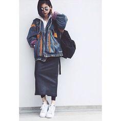 今日のピックアップ #fashionista はyukikoさん✨ タイトスカートのモノトーンコーデにGジャンを合わせてかっこいい #ootd #outfit #coordinate #casual #mystyle #vintage #moussy #americanapparel #zara #adidas #instafashion #mamafashion #dayoff #highlyapp made with @highly_official