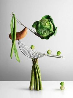 Creative Still Life photography by Chris Turner fitnees photography – Top healthy fitness Still Life Photos, Still Life Art, Gaudi, Long Bean, Vegetables Photography, Food Sculpture, Ideas Prácticas, Still Life Photographers, Fruit And Veg