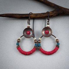 African tribal earrings red vinyl heishi beads by entre2et7