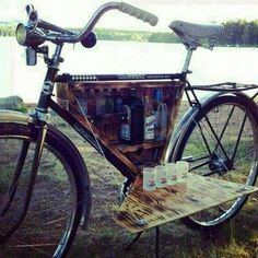 My kind of bike riding haha Custom Velo, Velo Design, Bicycle Design, Bicycle Bar, Bicycle Basket, Haha, Hilarious, Funny Memes, Funny Captions