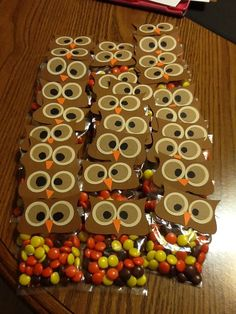 Owl party favors // Halloween Classroom Party Ideas {Your Teacher's Aide}