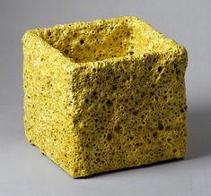 Yellow-Cube