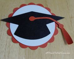 Paper Rosettes Tutorial ~ Make graduation decorations to delight your guests - Decoration For Home Cap Decorations, Party Decoration, Class Decoration, Graduation Crafts, Kindergarten Graduation, Graduation Ideas, Graduation Party Centerpieces, Graduation Cap Decoration, Paper Medallions