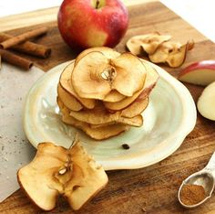 Oven-Baked Cinnamon Nutmeg Apple Chips