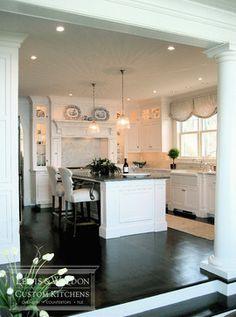 Love the lighting in this kitchen! #whitekitchens