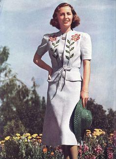 Barbara Stanwyck in summer fashion 1938 by Silverbluestar, via Flickr