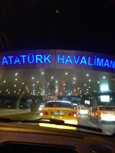 İstanbul Atatürk Airport (IST) şu şehirde: İstanbul, İstanbul