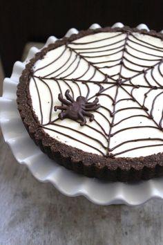 Cheesecake Recipes : DIY Spider Web Cheesecake Tart