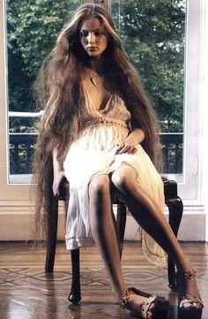 Beautiful Long Hair, Gorgeous Hair, Beautiful Life, Beautiful People, Ruslana Korshunova, Waist Length Hair, V Model, New Look Fashion, Unique Fashion