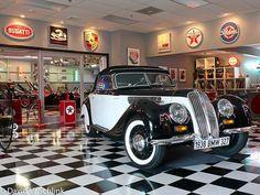 Decopix - The Art Deco Architecture Site - A Portfolio of Art Deco Cars by David B. Schlink