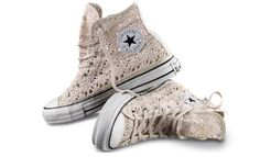 Converse launch crochet high/low tops Chuck Taylor crochet for Converse. Cute Sneakers, Converse Sneakers, Cute Shoes, Me Too Shoes, Converse All Star, Outfits With Converse, Crochet Converse, Crochet Shoes, Wedge Boots