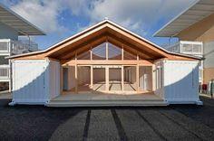 Una casa de 5 habitaciones y muchas posibilidades usando dos contenedores para la estructura