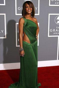 15 Celeb Pictures On Their Debut Grammys Red Carpet Vs 2017 - TrendsPoint. Rihanna  Sexy Green Cut ... cd832f349