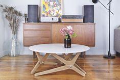 Boulon Blanc dévoile sa table basse relevable design