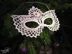 crochet & beaded masquerade mask! Gotta find a way to reproduce without crochet since crochet is out of period.