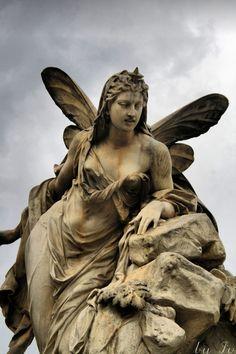 Statues Of Women # Cemetery Angels, Cemetery Statues, Cemetery Art, Greek Statues, Buddha Statues, Old Cemeteries, Graveyards, Steinmetz, Art Sculpture