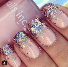 Dégrade paillettes Pink Glitter Nails, Fancy Nails, Love Nails, Sparkly Nails, Bling Nails, Glitter Manicure, Gold Glitter, Glitter Top, Color Nails