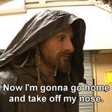 (gif) I shouldn't find this as funny as I do!/ Poor Dean O'Gorman (Fili)! From Kiwi heartthrob to Hobbit nosebob.
