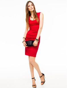 The use of Bengaline here is in a dress.It's tight and red colour makes look more vitality.
